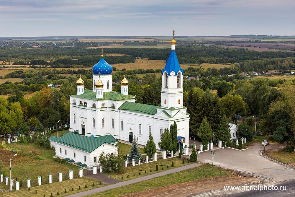 Церковь Иоакима и Анны. С. Долгое, Курская область