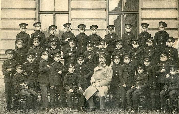 Младшие кадеты