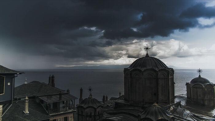 Η Ιερά Μονή Δοχειαρίου. Πλάνο από την ταινία «Που είσαι, Αδάμ;»