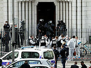 Три человека погибли при нападении в католическом храме в Ницце