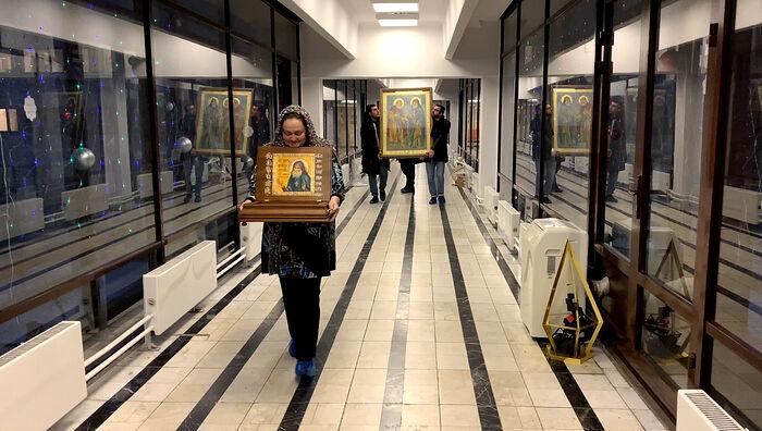 Икона и святыни в детском онкоцентре в Москве