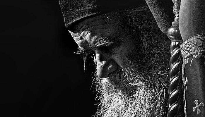 ο Μητροπολίτης Μαυροβουνίου και Παραθαλασσίας Αμφιλόχιος Ράντοβιτς. Φωτογράφος: ο διάκονος Ντράγκαν Σ. Τανασιέβιτς. 2008. Πηγή: wikimedia.org