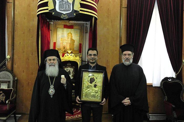 Ο Ζουράμπ Σιοσβίλι με την εικόνα στον Πατριάρχη Ιερουσαλήμ, Ιεροσόλυμα