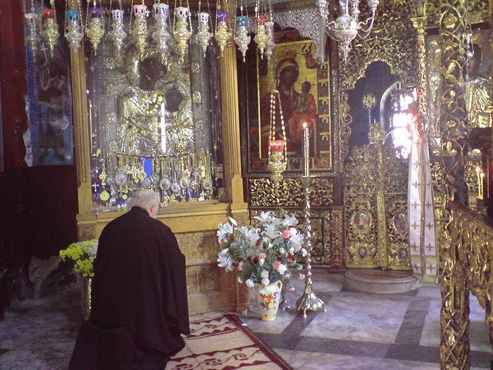 Η εικόνα της Παναγίας των Ιβήρων «Πορταΐτισσα». Η Ιερά Μονή Ιβήρων, Άγιο Όρος