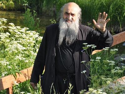 И это всё – о нем, <br>или Самый известный иеродиакон России