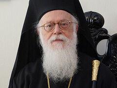 Предстоятель Албанской Церкви госпитализирован в Греции для лечения от COVID-19