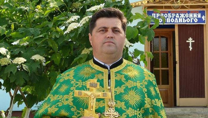 Ο κληρικός της ΟΕΟ Βασίλειος Κάλιν. Πηγή: facebook.com / Василь Калин