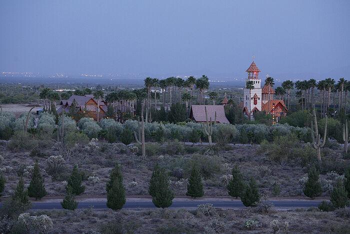 Μοναστήρι τού Αγίου Αντωνίου τού Μεγάλου στην έρημο της Αριζόνα