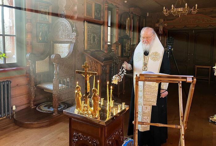 Предстоятель Русской Церкви совершил панихиду в годовщину кончины Святейшего Патриарха Алексия II