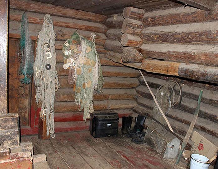 В бывшем доме купцов-старообрядцев Логиновых сегодня останавливаются рыбаки