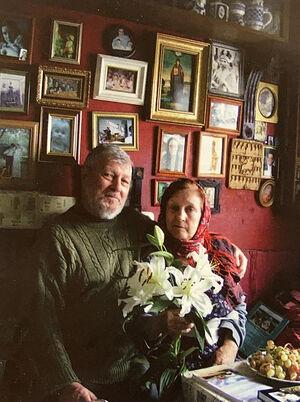 Искра Андреевна Бочкова с Алексеем Валерьевичем Артемьевым