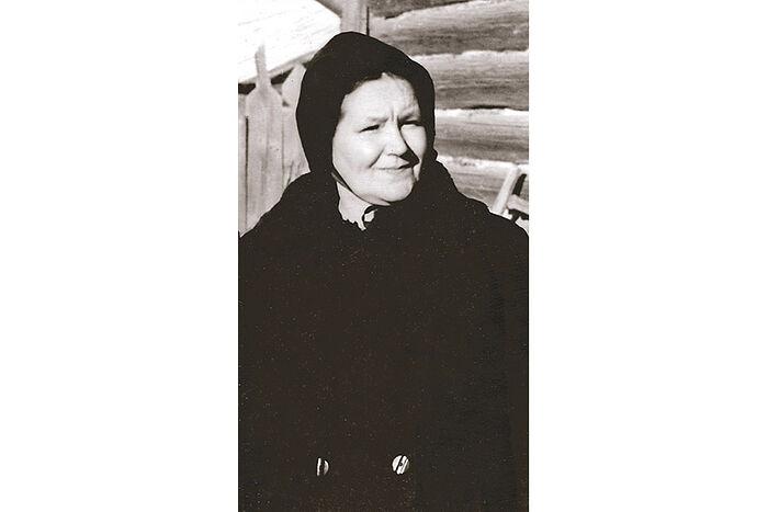 Любовь Владимировна Кречетова (1903–1993), мать протоиерея Валериана