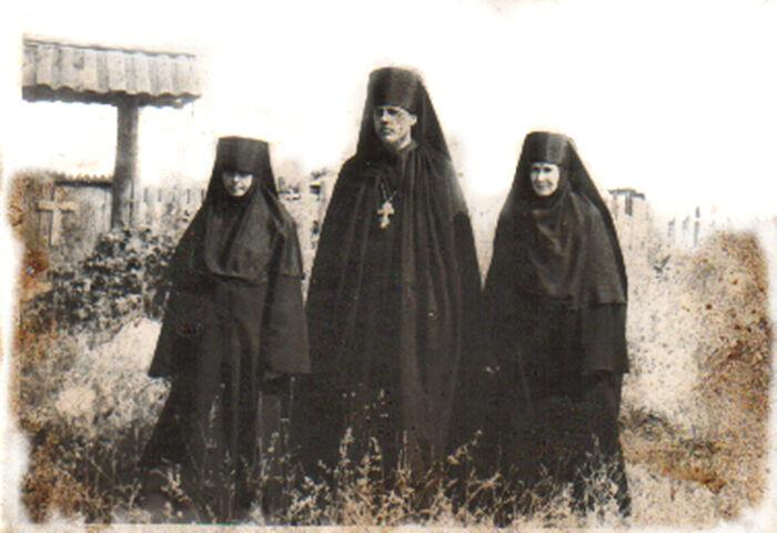 Первые насельницы Казанской Трифоновой пустыни