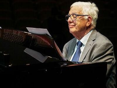 Поздравление Святейшего Патриарха Кирилла <br>композитору Р.В. Паулсу с 85-летием со дня рождения