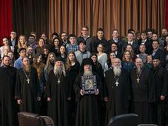 Ο Πρωθιερέας Αλέξιος Ντούνκαν: «Οι Ρώσοι νέοι στις ΗΠΑ ανησυχούν περισσότερο για την πνευματική ζωή παρά για τον κορονοϊό»