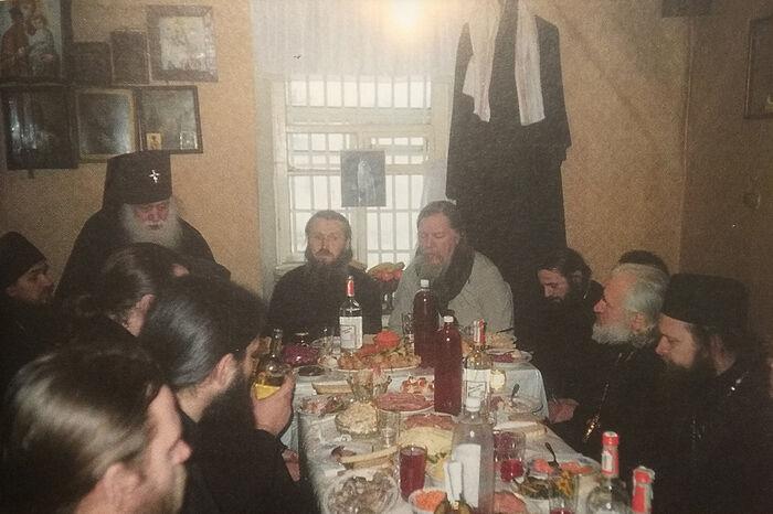 На поминальной трапезе по отцу Павлу (Груздеву)