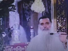 Αγρίνιο: Ιερέας κοινώνησε με την ίδια λαβίδα 700 άτομα και κανείς τους δεν κόλλησε κορωνοϊό – Τι είπε ο ίδιος (ΒΙΝΤΕΟ)