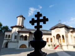 Οι Ρουμάνοι εμπιστεύονται την Ορθόδοξη Εκκλησία