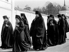 Για την αναχώρηση στο μοναστήρι, την περίοδο δοκιμής και τον γέροντα Ηλία