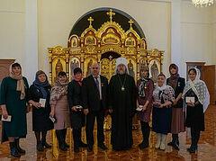 В Рязани и Ярославле архиереи вручили медикам Патриаршие награды