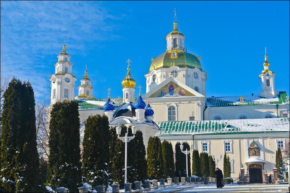Ο καθεδρικός Ναός της Κοιμήσεως της Θεοτόκου... χτίστηκε στο σημείο του αποτυπώματος