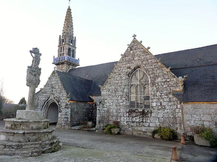 Церковь С в. Тейло в Лёан, Бретань