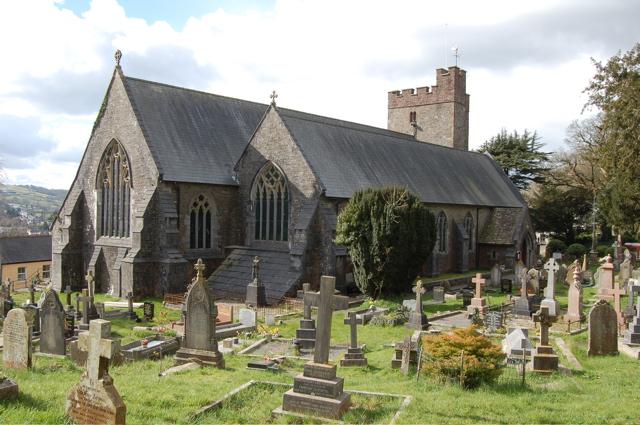Церковь Св. Тейло в Лландейло, Кармартеншир, Уэльс
