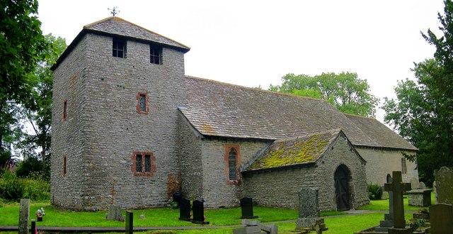 Церковь Св. Тейло в Лландейло-Грабан, Уэльс