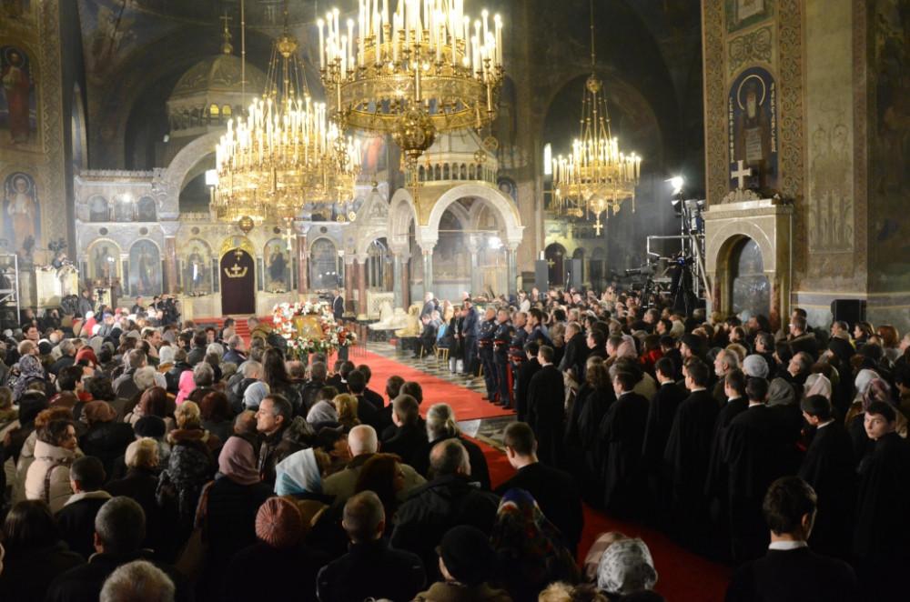 Великая утреня в Патриаршем Александро-Невском соборе Софии, во время которой состоялся чин прославления святителя Серафима (Соболева), и Божественная литургия. 26 февраля 2016 г.