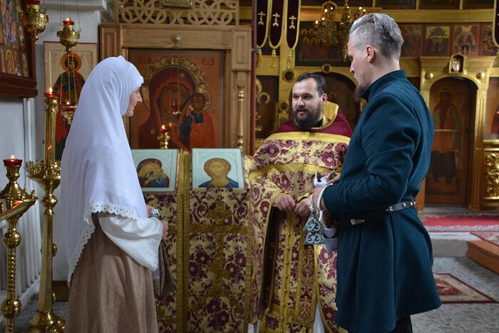 Венчание в храме в честь Иоанна Лествичника в Куровском