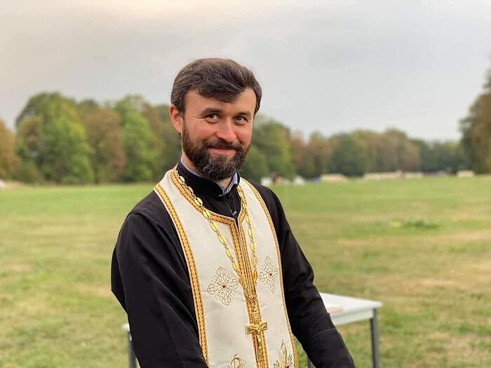 Priest John Dimitrov. The evening service in the field. Congress of the French Orthodox Youth, September 20, 2020