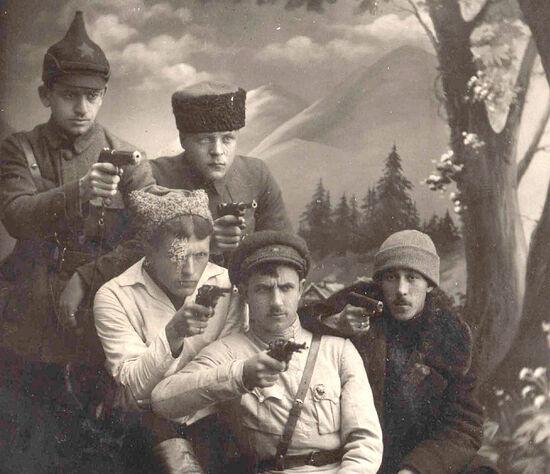 Фотографии сотрудников Черноморского ЧК Новороссийск