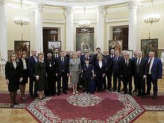 В Законодательном собрании Санкт-Петербурга открылась выставка, приуроченная к 800-летию благоверного князя Александра Невского