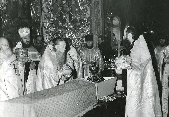 Ο αποχαιρετισμός των μοναχών της Λαύρας στη μοναχή Ιουλιανία