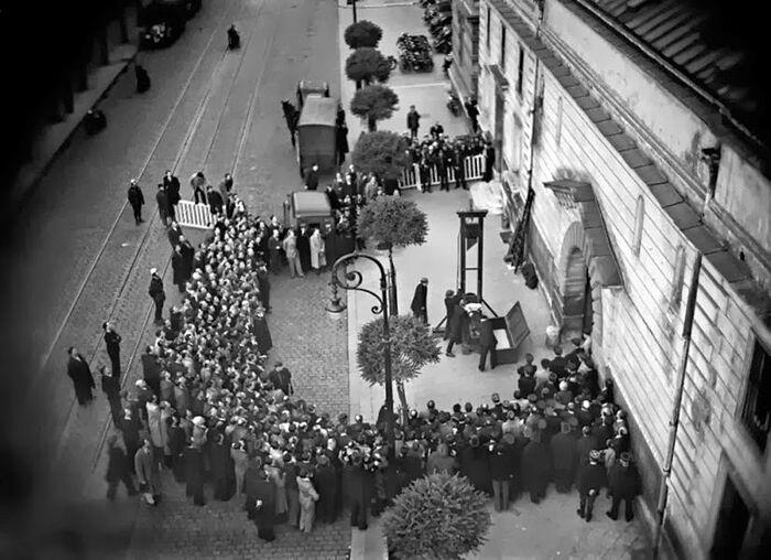 Публичная казнь на гильотине, Франция, 1939 год