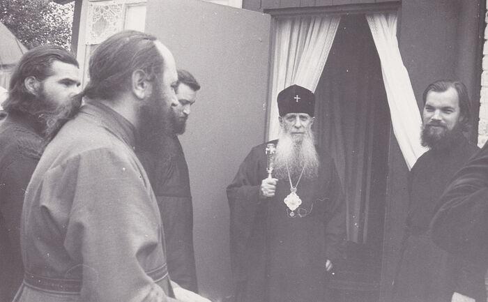 Анатолий Фролов у преподобного митрополита Зиновия (Мажуги)