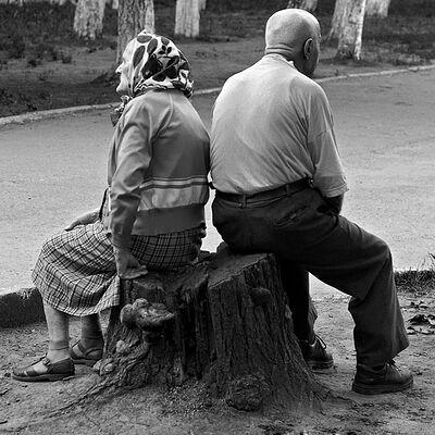 Почти сказка про деда, бабу и курочку Рябу