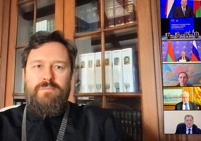 Митрополит Волоколамский Иларион выступил на открытии собрания, посвященного Дню единения народов Беларуси и России