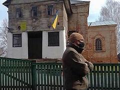 В Черниговской области радикалы захватили храм Украинской Православной Церкви