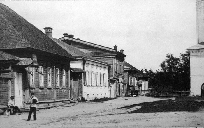 Дом, в котором с 1869 по 1878 гг жил будущий свт. Тихон с родителями священником Иваном Тимофеевичем и Анной Гавриловной