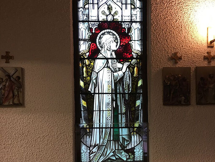 St. Alkelda of Middleham window at RC church in Settle, N. Yorkshire (photo by Margaret Fox, kindly provided by Kathleen Kinder)