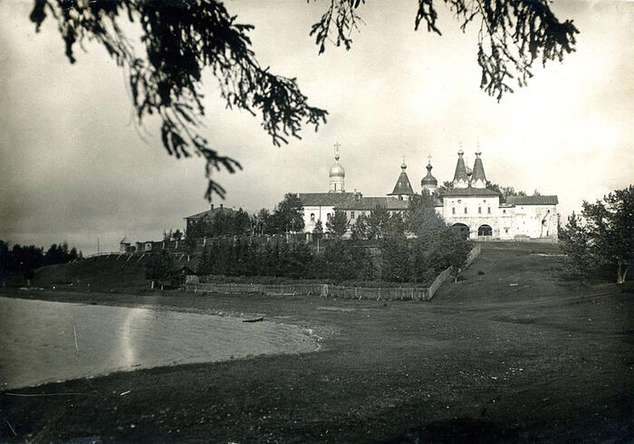 Ιερά Μονή Γέννησης Θεοτόκου στο Φεραπόντοβο. Δεκαετία του 1930.