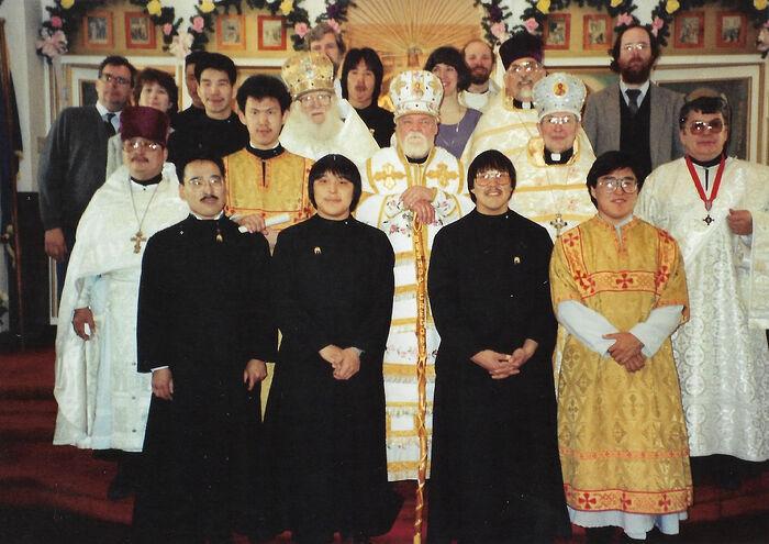Преподаватели и студенты Свято-Германовской семинарии. Начало 1990-х гг.