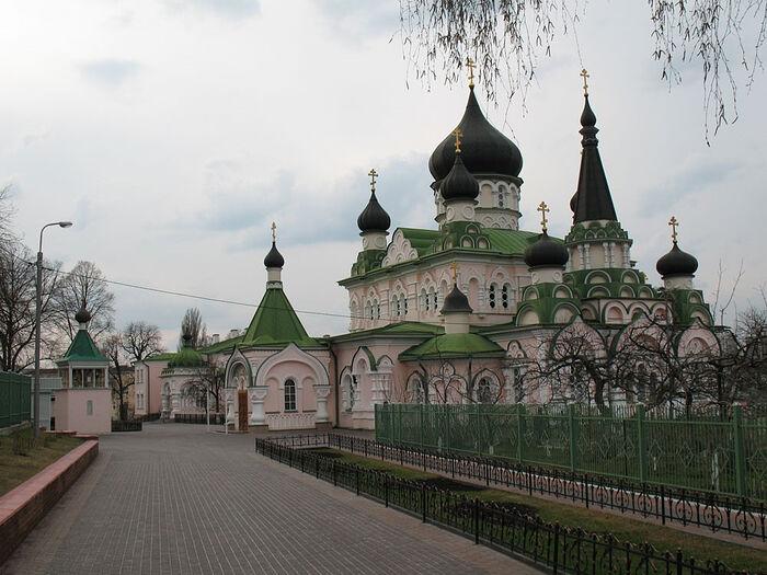 Покровский монастырь, храм Покрова Пресвятой Богородицы