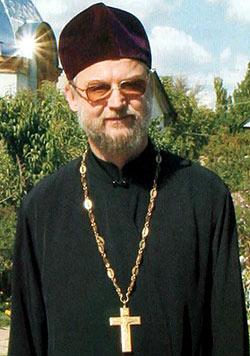 Ο Πρωθιερέας Βασίλειος Μάζουρ