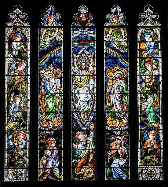 Большое восточное окно над главным престолом церкви в д. Лланбадарн-Фор, Уэльс (любезно предоставил - Canon Andrew Loat)