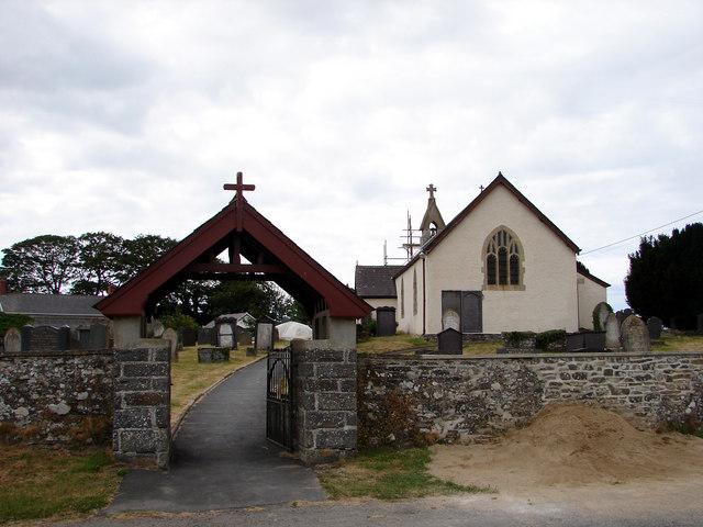 Церковь Св. Патерна (Падарна) в Лланбадарн-Трефеглвис, Кередигион (источник - Geograph.org.uk)