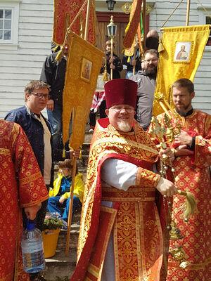 Священник Димитрий Останин