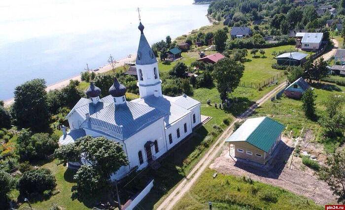 В дни Пасхи Христовой организовываются экскурсионные поездки по святым местам Пскова, Старого Изборска и на Талабские острова