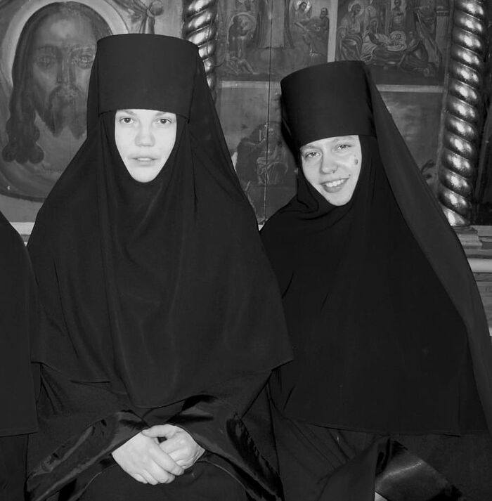 Mothers Elizabeth and Fevronia (right)